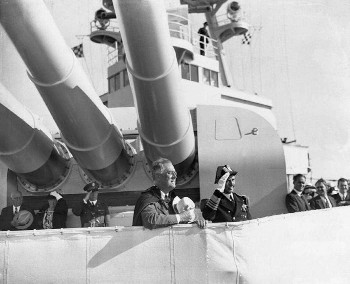 Tổng thống President Franklin D. Roosevelt trên chiến hạm. Ảnh Getty
