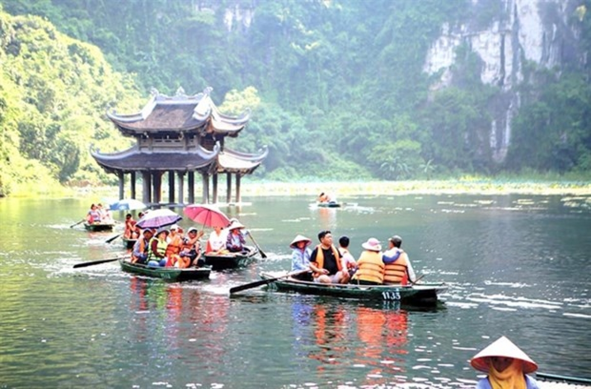 Trang An Landscape Complex in Ninh Binh province isone of the most popular tourism destinations in Vietnam. (Photo courtesy of baodautu.vn)