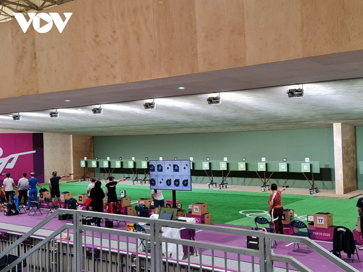 Xuan Vinh is the current gold medal holder in the men's 10m air pistol shooting in the Olympics.
