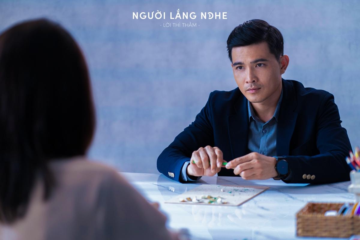 """Diễn viên Quang Sự giành giải """"Nam diễn viên xuất sắc"""" tại Vegas Movie Award 2021."""