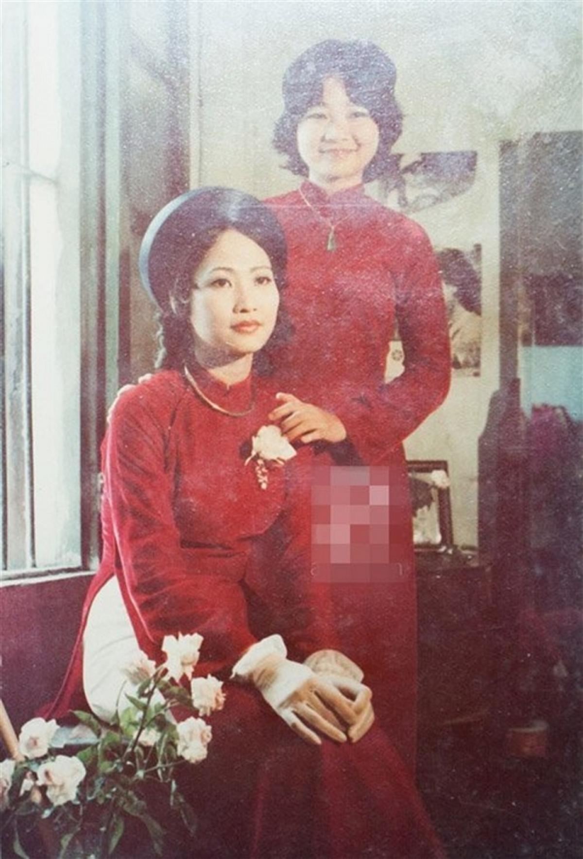 NSND Như Quỳnh xinh đẹp trong ngày cưới.