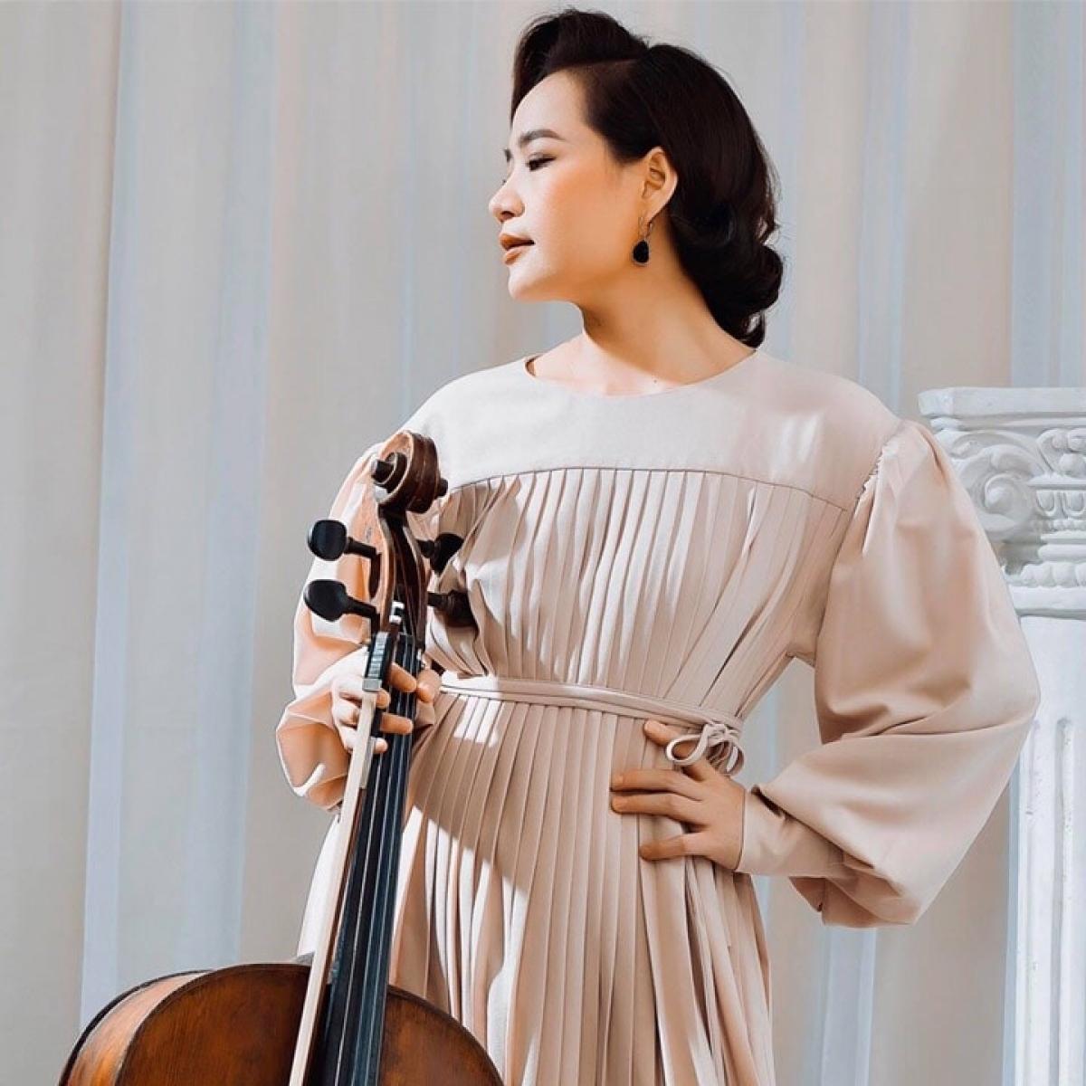 Nghệ sĩ, Tiến sĩ Cello Đinh Hoài Xuân.