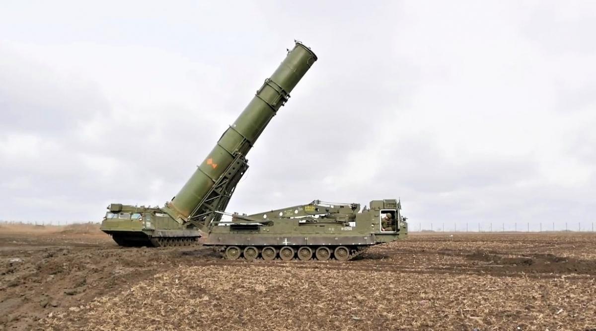 Hệ thống tên lửa đa nhiệm S-300V4 của Nga. Nguồn: militaryleak.com