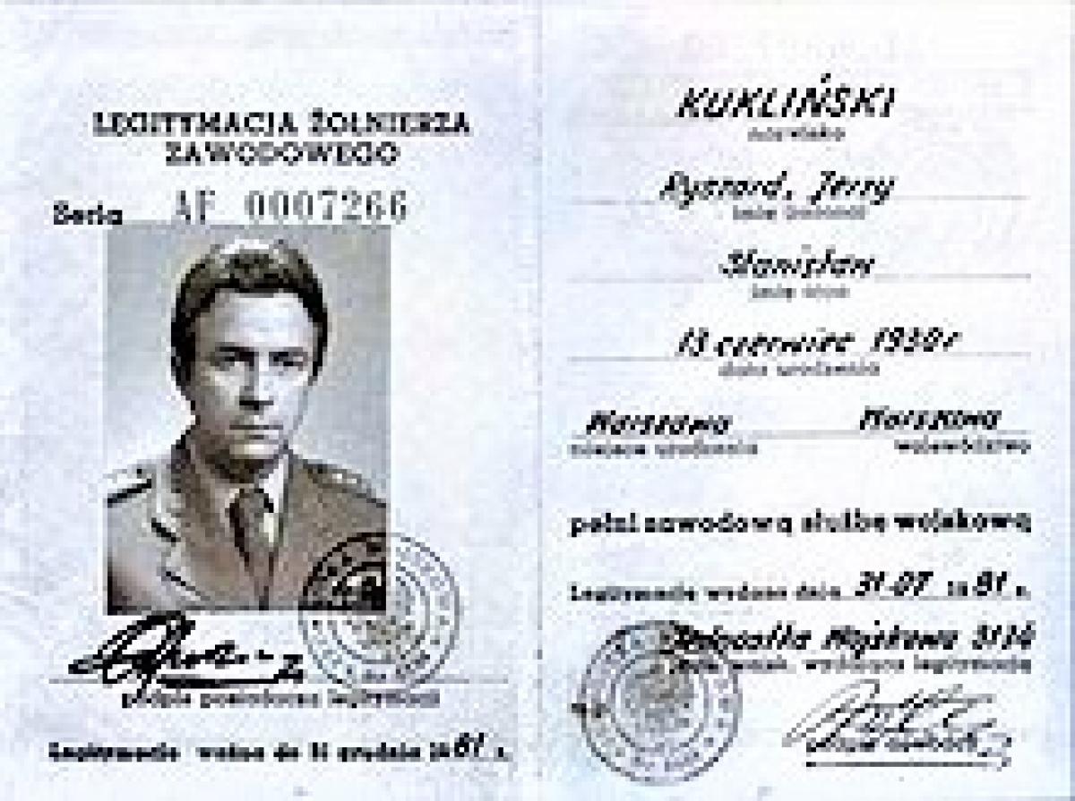 """Kukliński được coi là điệp viên CIA """"thành công nhất trong lịch sử Chiến tranh Lạnh"""". Nguồn: wikipedia.org"""