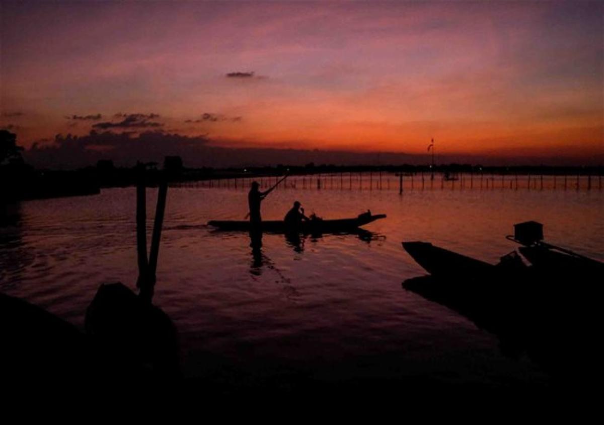 Chuon Lagoon at sunrise