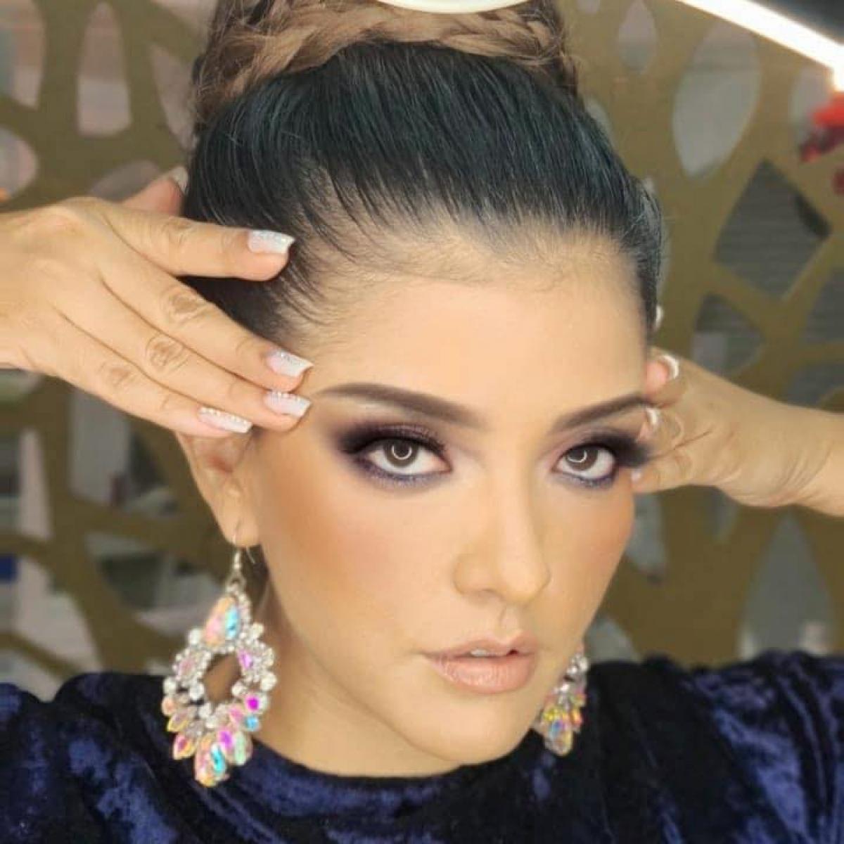 Người đẹp hiện là MC của các đài MVM News Oaxaca, TV Azteca Oaxaca, Ultratelevisión Puebla và TV Azteca Puebla ở Mexico.