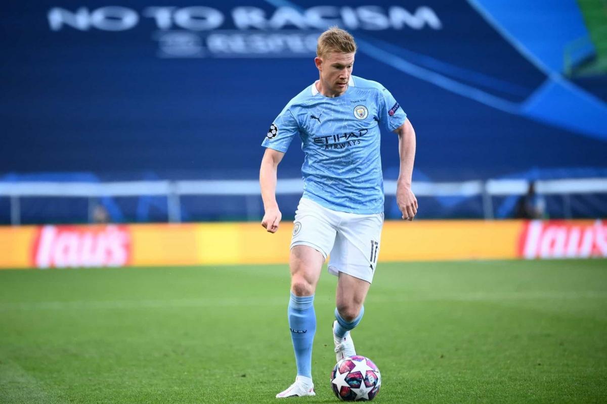Tiền vệ: Kevin De Bruyne