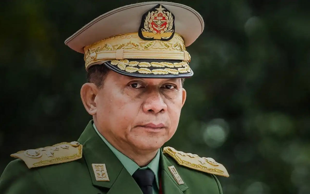 Tướng Myanmar Hlaing. Ảnh: Nikkei.