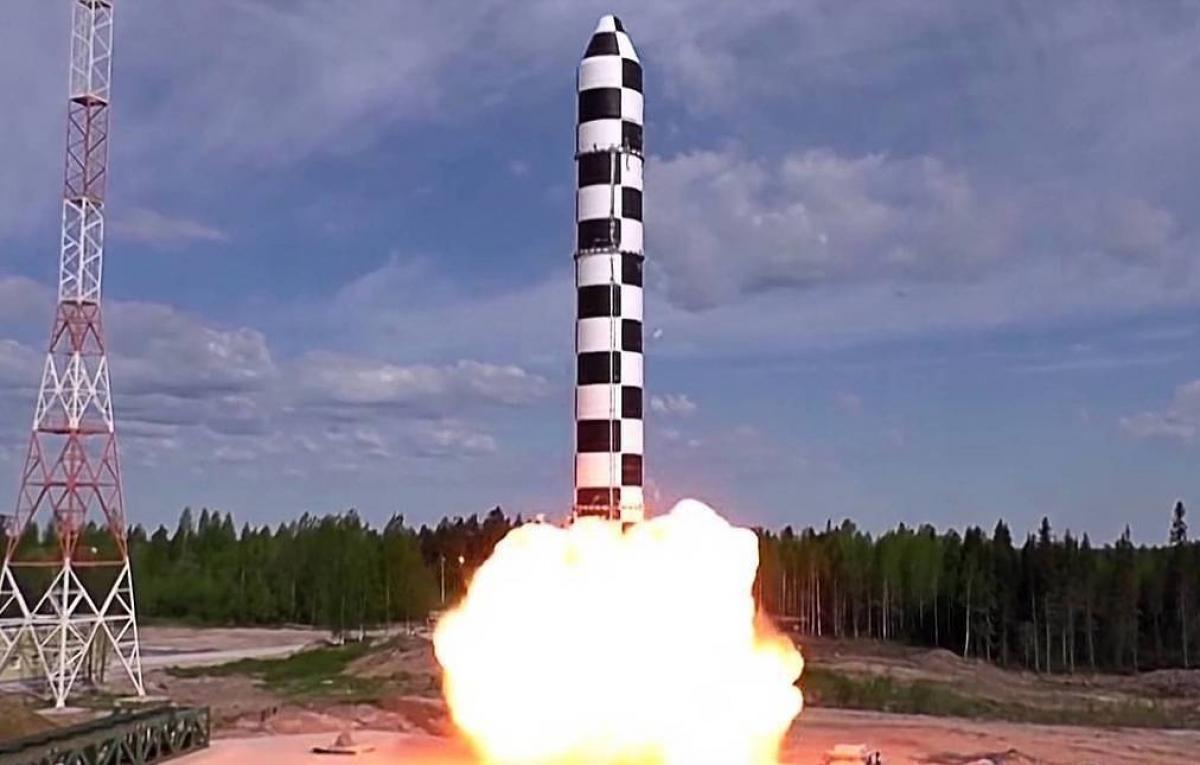 Phóng thử tên lửa đạn đạo liên lục địa (ICBM) Sarmat. Ảnh: TASS