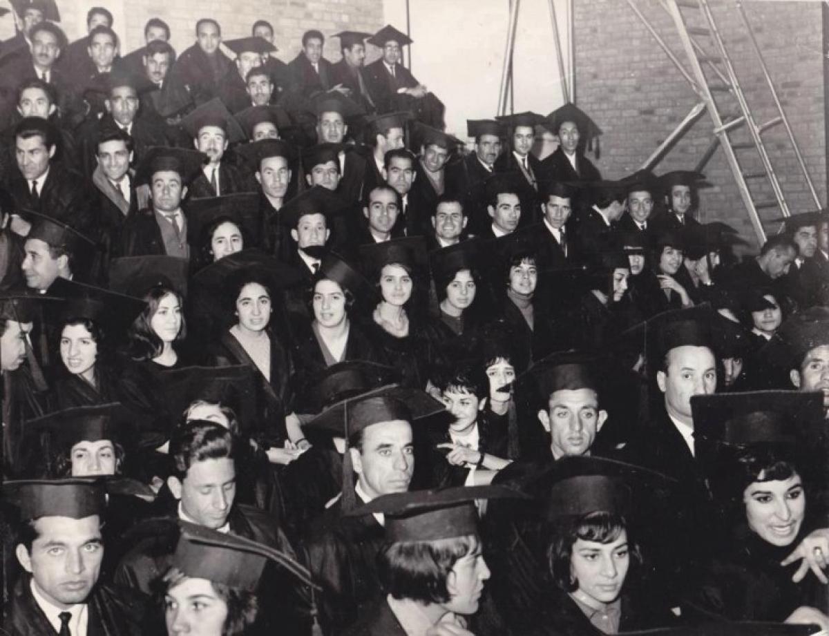 Sinh viên Đại học Kabul năm 1960.