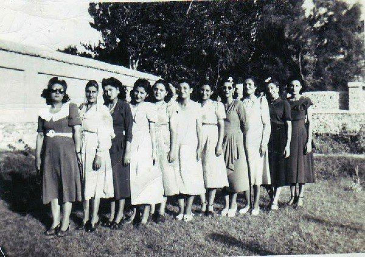 Hình ảnh những người phụ nữ Afghanistan năm 1940.