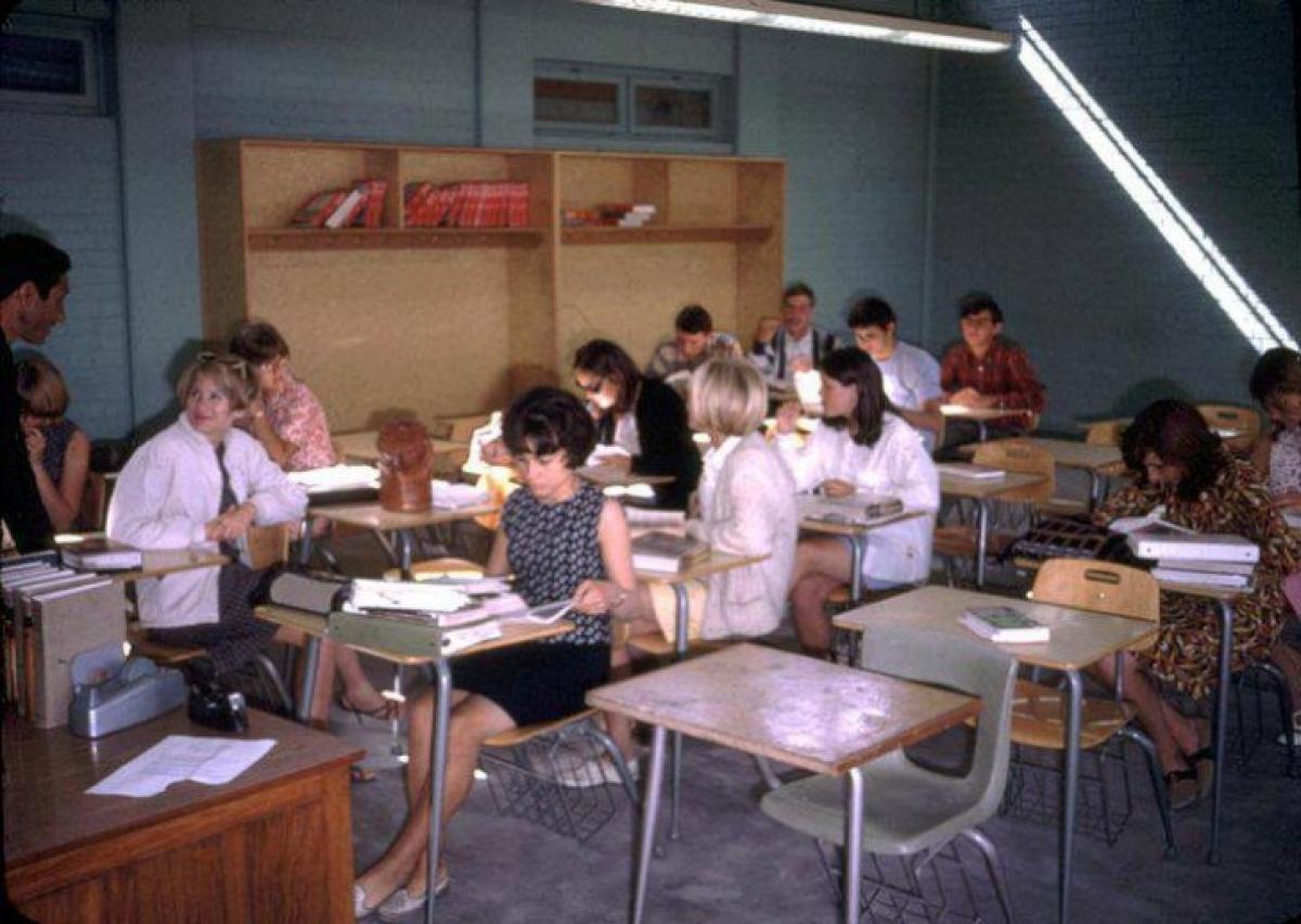 Một lớp học ở Kabul năm 1960.