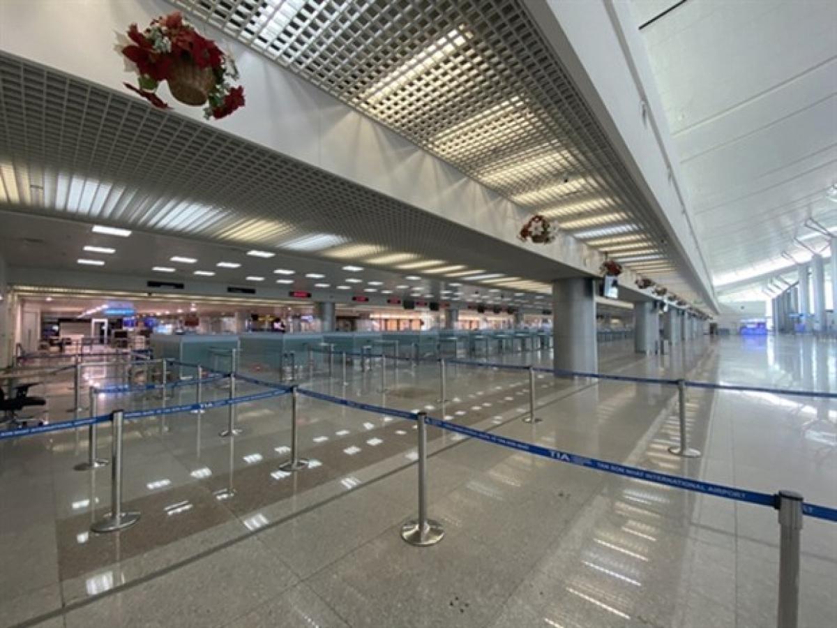 A corner of Tan Son Nhat International Airport. (Photo: nld.com.vn)
