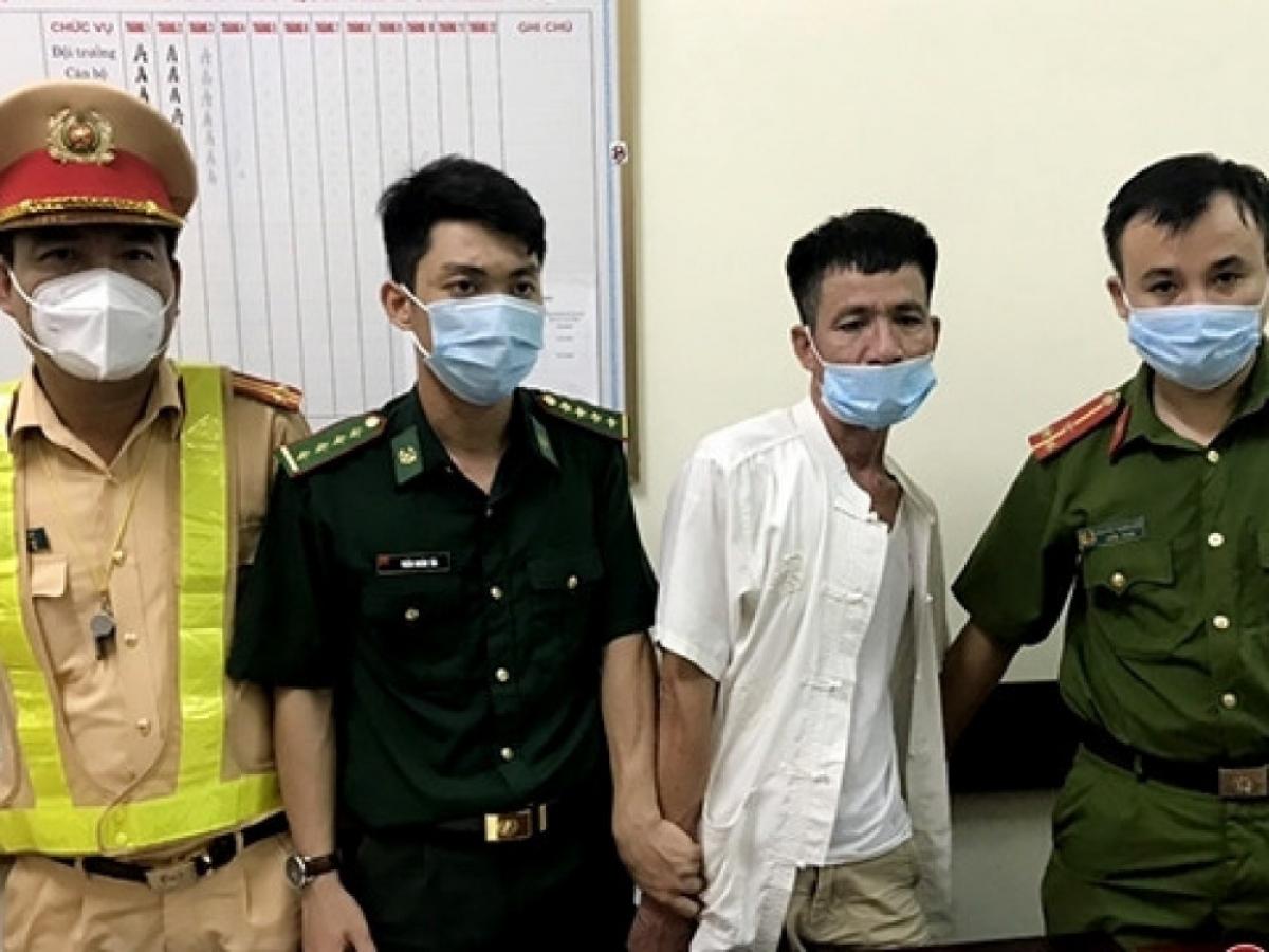 Đối tượng Nguyễn Phước Tòng bị lực lượng chức năng khống chế.