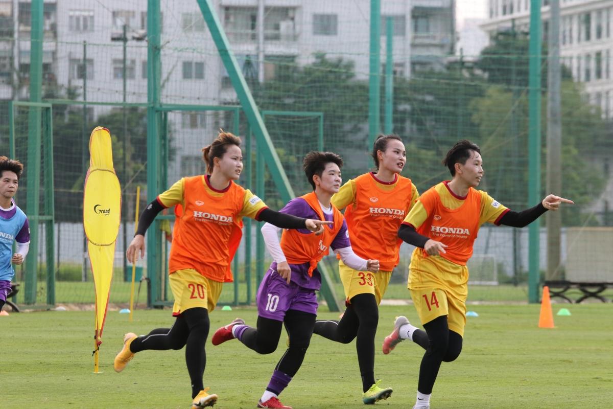 ĐT nữ Việt Nam hủy chuyến tập huấn ở Quảng Ninh (Ảnh: VFF).