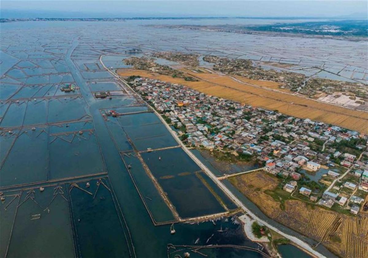 Chuon Lagoon from above