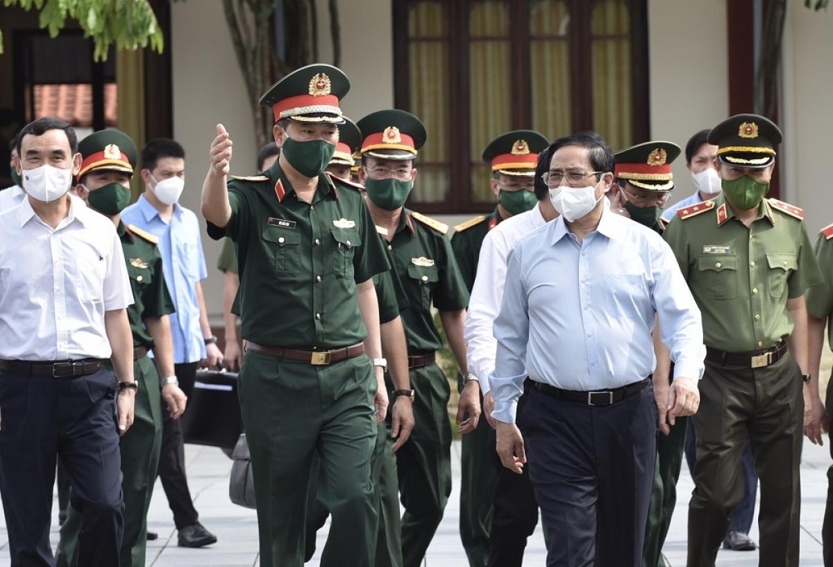 Thủ tướng Phạm Minh Chính kiểm tra công tác quản lý, vận hành, bảo đảm kỹ thuật Lăng Chủ tịch Hồ Chí Minh.