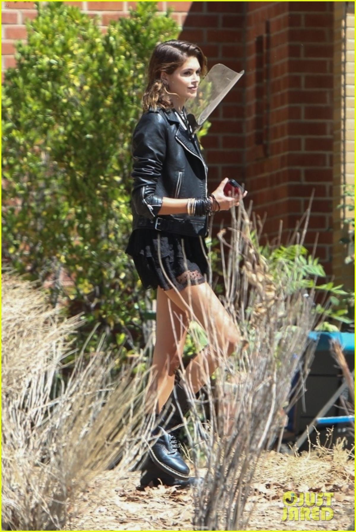 """Kaia Gerber xuất hiện trở lại trong mùa 10 của loạt phim kinh dị """"American Horror Story""""."""