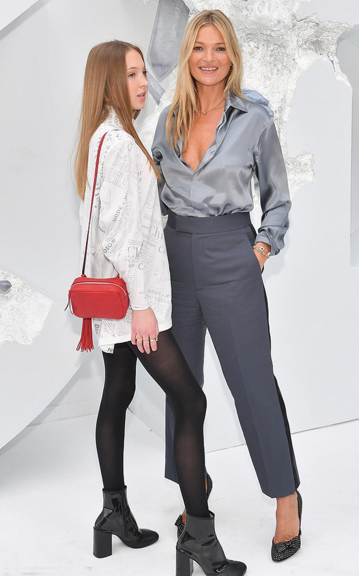 Trước đây, Kate Moss hiếm khi đưa con gái đến các sự kiện lớn.