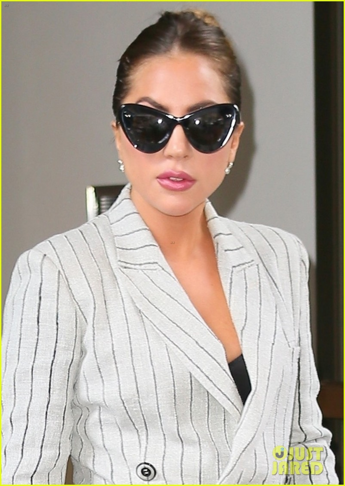 Ngày 2/8, Lady Gaga tiếp tục đến nhà hát Radio City Music Hall ở Manhattan, New York, để diễn tập cho buổi hòa nhạc sắp tới.
