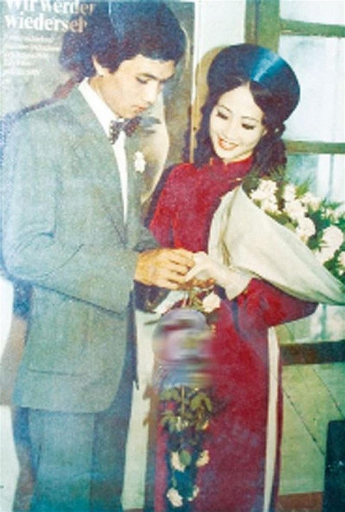 Ảnh cưới của vợ chồng NSND Như Quỳnh.