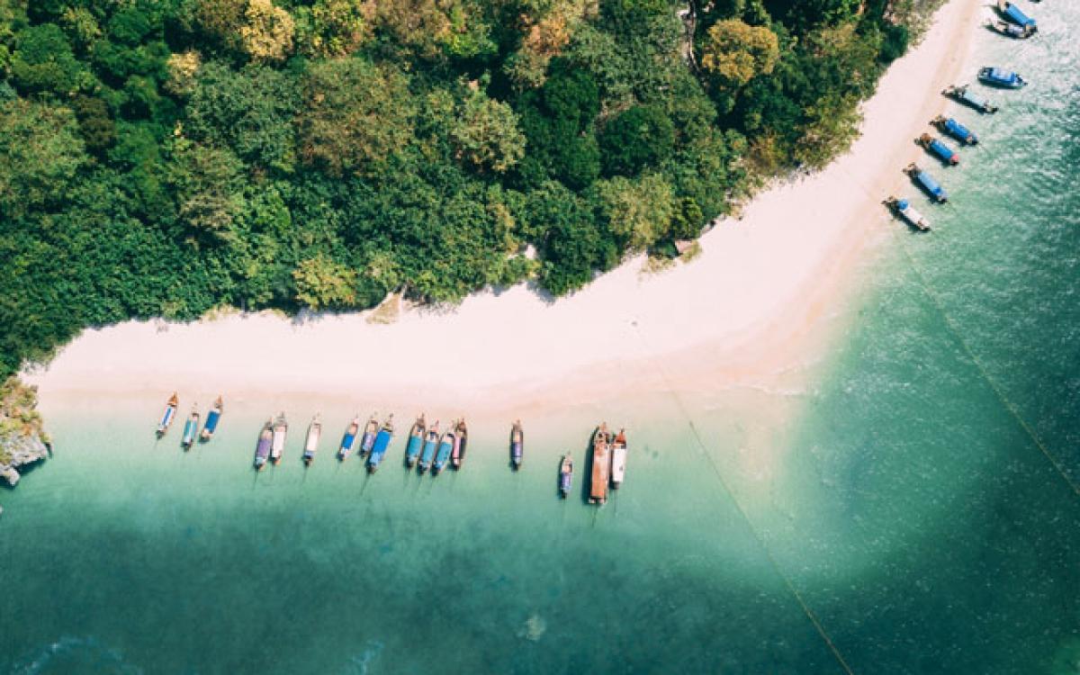 Bãi biển Phra Nang tại Krabi. Nguồn: TTGAsia