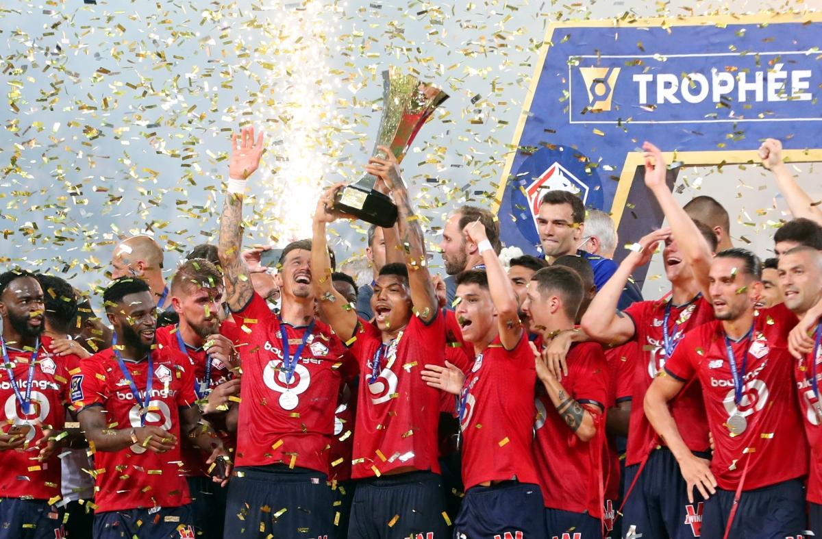 Lille lần đầu đăng quang danh hiệu Siêu cúp Pháp trong lịch sử CLB. (Ảnh: Reuters).