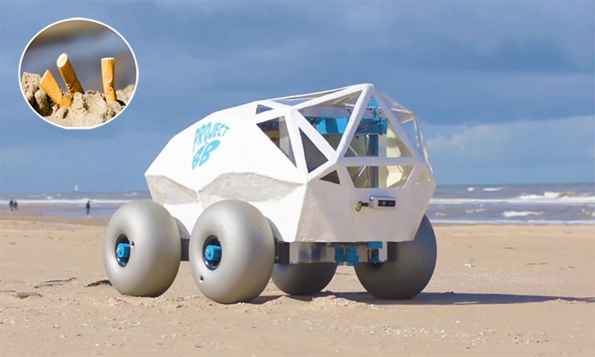 Robot BeachBot nhặt tàn thuốc trên bãi biển Scheveningen của Hà Lan. (Ảnh: Microsoft)