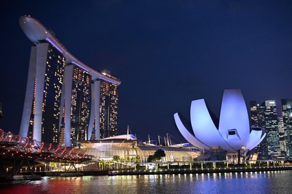 Tăng trưởng GDP Singapore dự báo tăng 6 - 7% trong năm nay. (Ảnh: CNN)