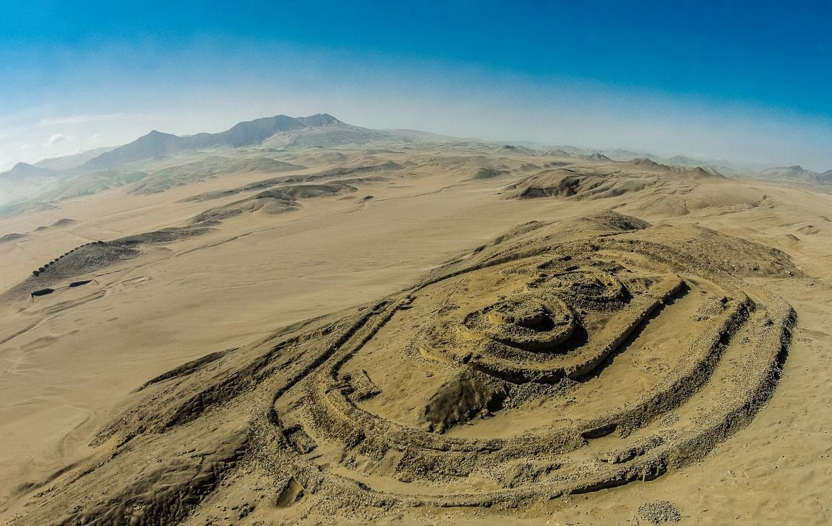 Khu phức hợp khảo cổ thiên văn học Chankillo tại Peru. Nguồn: Municipalidad Provincial de Casma/IDARQ