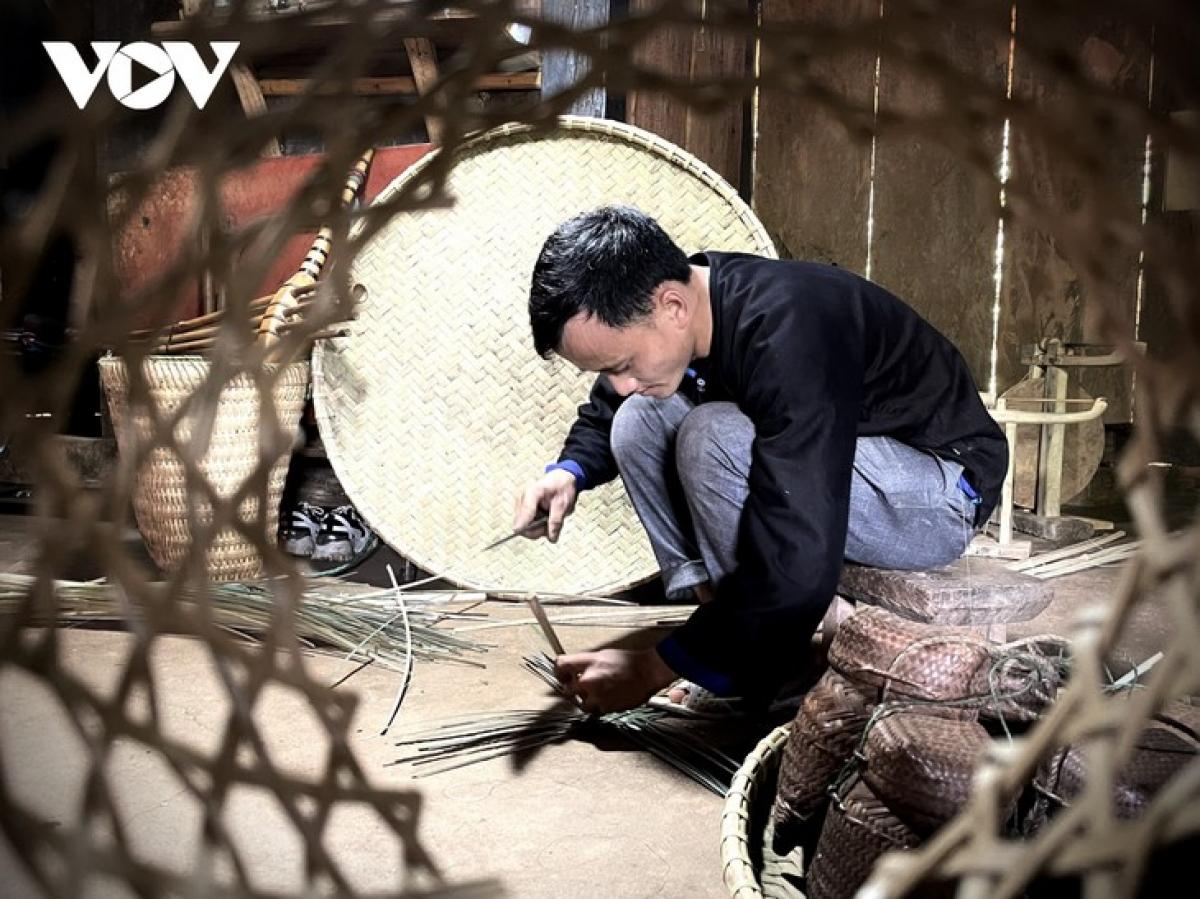 Giang A Hang makes bamboo and rattan products.