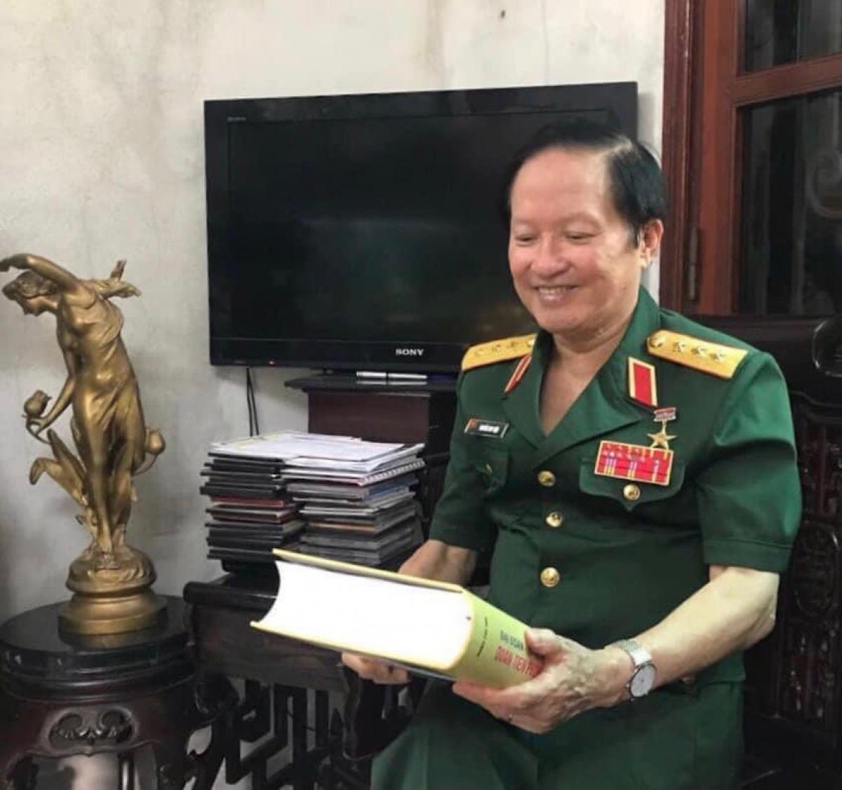 Thượng tướng Nguyễn Huy Hiệu - nguyên Thứ trưởng Bộ Quốc phòng