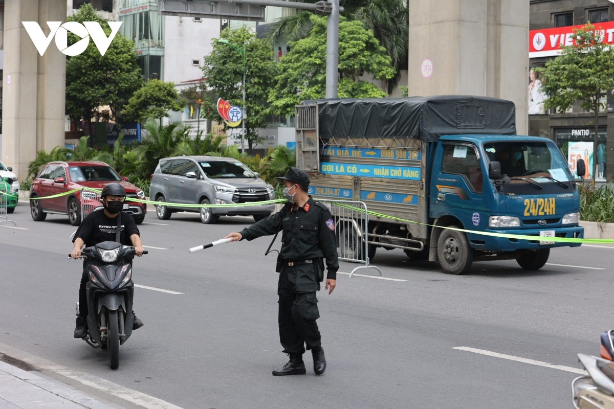 Over 1,000 vehicles are checked on the morning of August 30 with eight among them fined.
