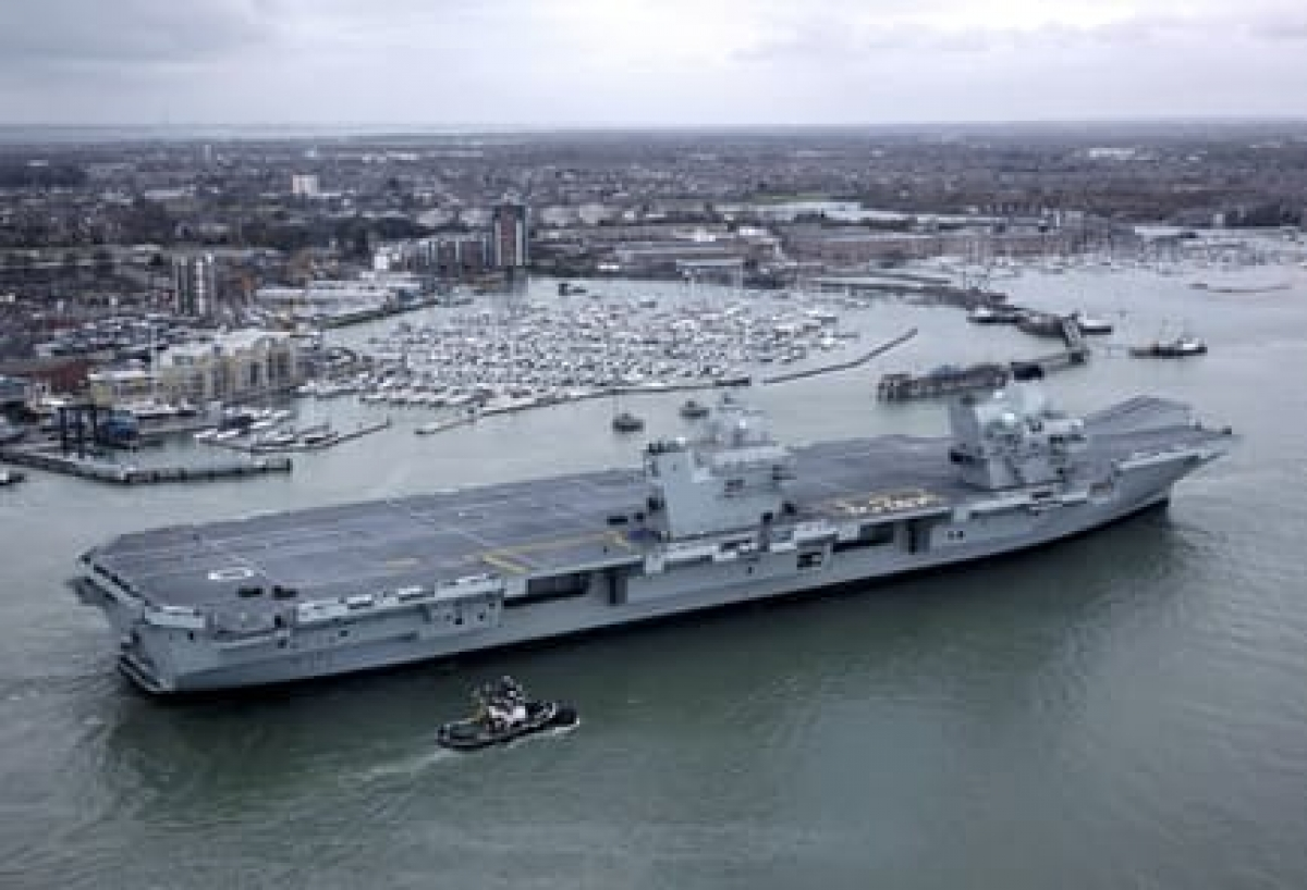 Tàu sân bay HMS Queen Elizabeth. Ảnh: Kyodo