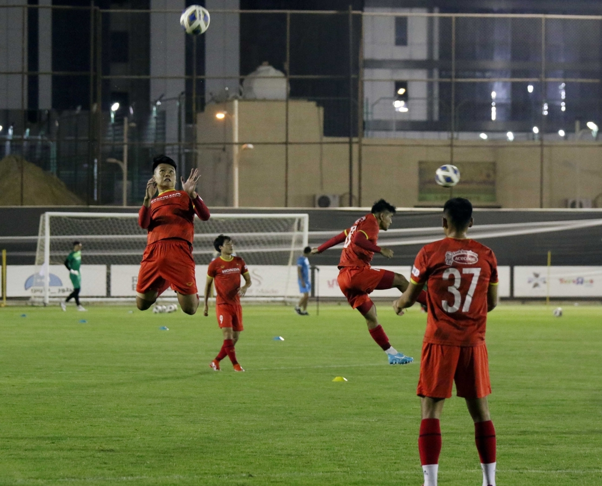 The Vietnamese team will continue to train in Riyadh on August 31. They will then play their first match of final World Cup qualifying round against Saudi Arabia on September 3.