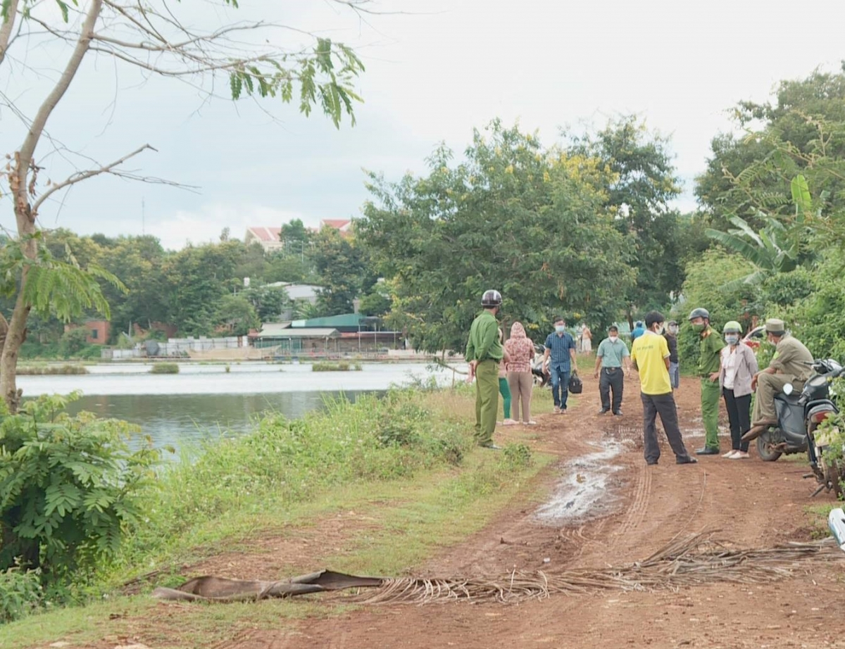 Hồ Ông Giám, hiện trường nơi tìm thấy thi thể chị H