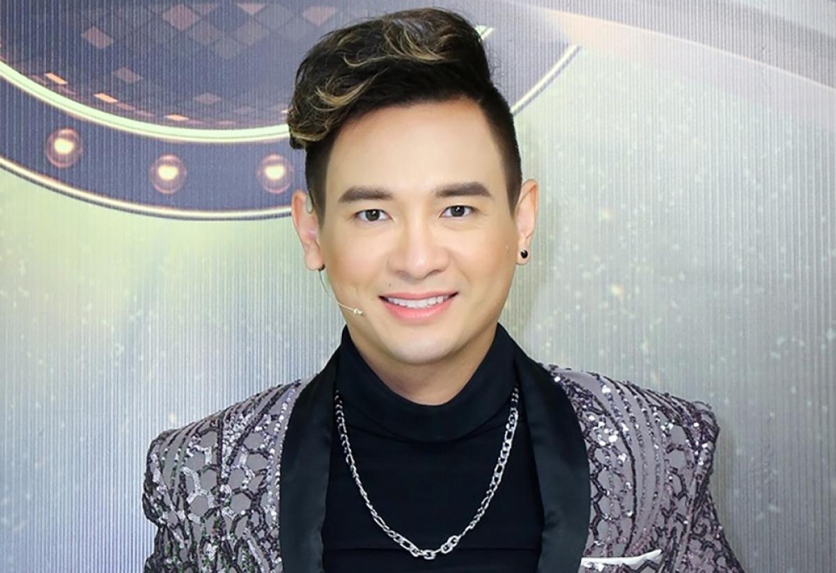 Ca sĩ Việt Quang. (Ảnh: Thanh Niên)