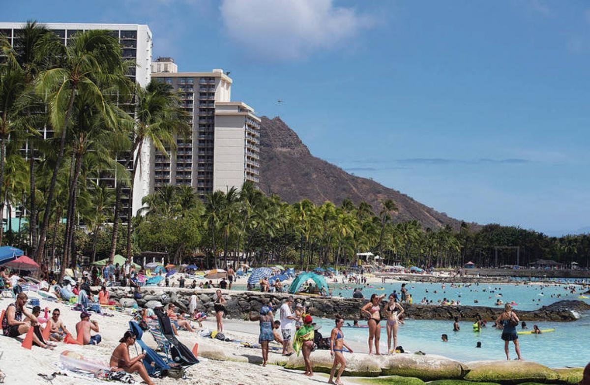 Khách du lịch gia tăng mạnh mẽ tại đảo Oahu, Hawaii. Nguồn:staradvertiser.com
