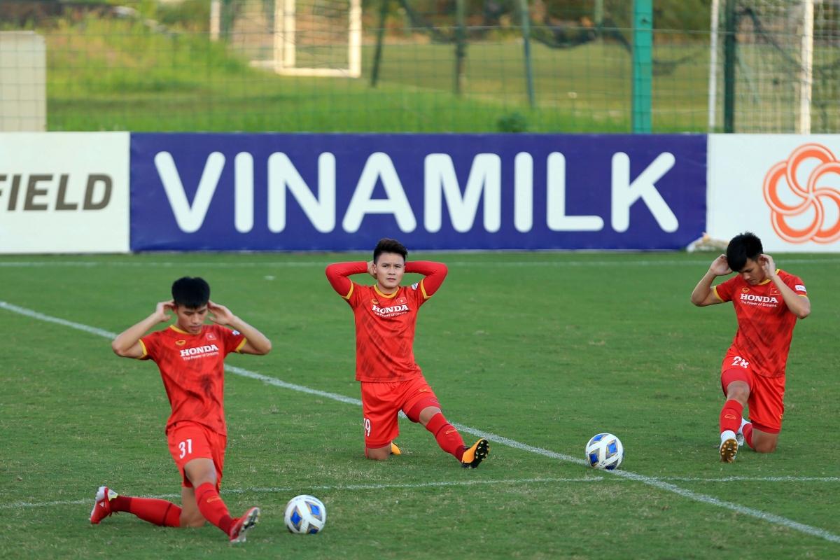 Buổi tập hôm nay cũng là buổi cuối cùng ĐT Việt Nam tập luyện tại Hà Nội trước khi lên đường sang UAE.