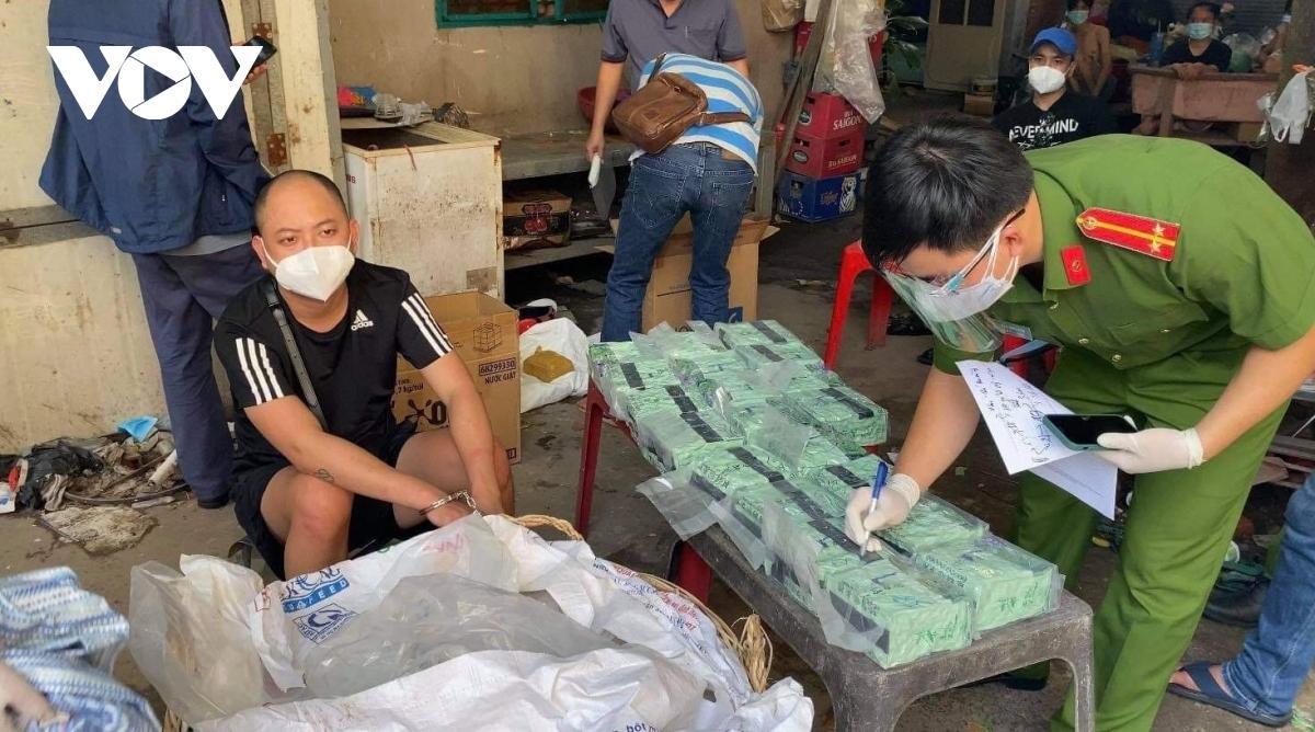 Gần 100 kg ma túy các loại được cơ quan chức năng triệt phá, thu giữ.