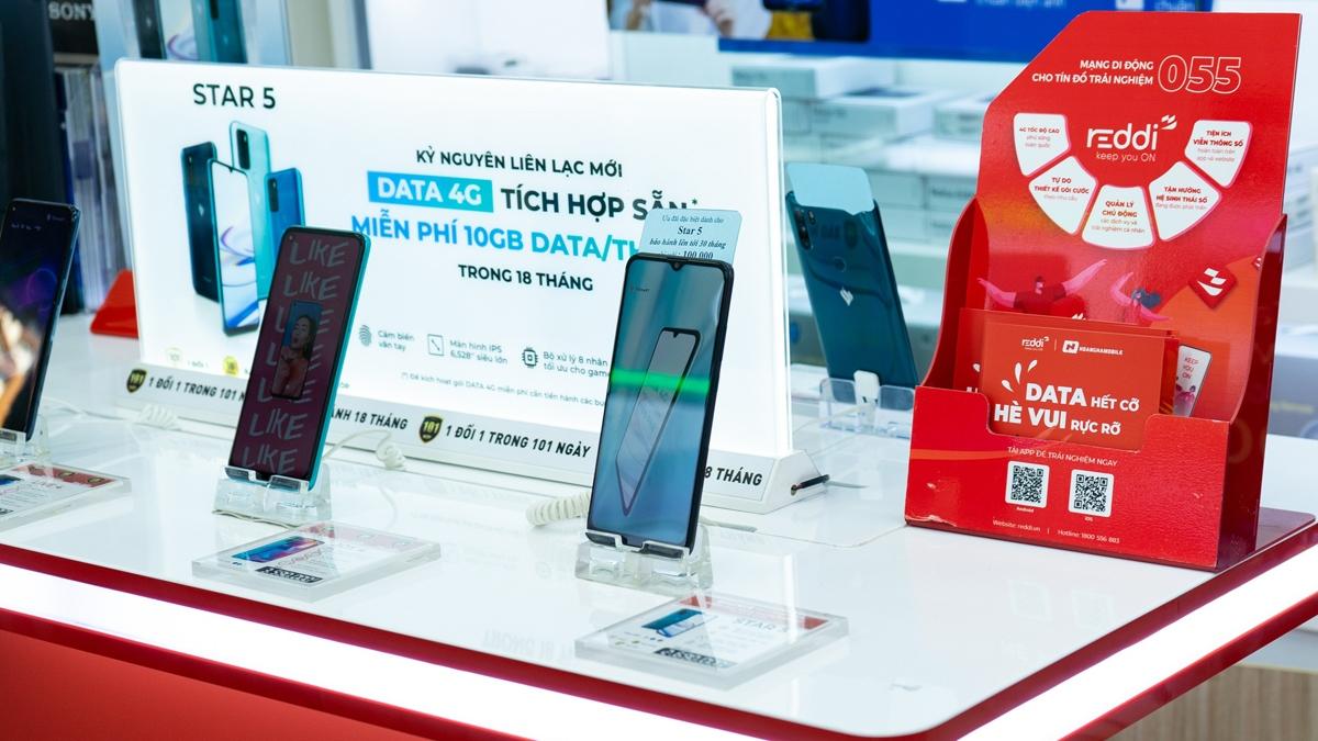 Mobicast là công ty start-up của Việt Nam trong lĩnh vực mạng di động ảosở hữu mạng di động Reddi với đầu số 055.