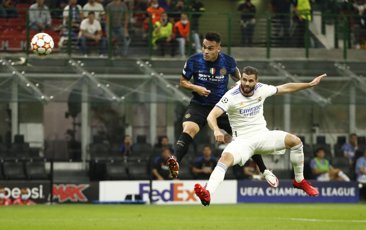 Lautaro Martinez như thường lệ chơi nổi bật trên hàng công của Inter Milan. (Ảnh: Reuters).