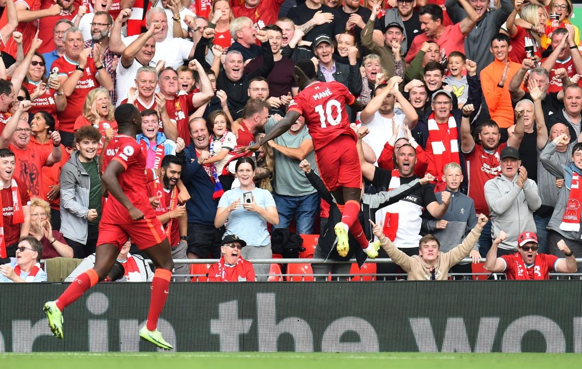 Mane ghi bàn mở tỷ số cho Liverpool ở cuối hiệp một. (Ảnh: Reuters).