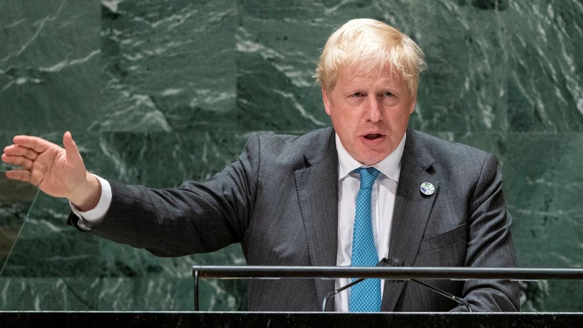 Thủ tướng Anh Boris Johnson đã có cuộc điện đàm đầu tiên với Tổng thống Pháp Emmanuel Macron (Ảnh: Reuters).