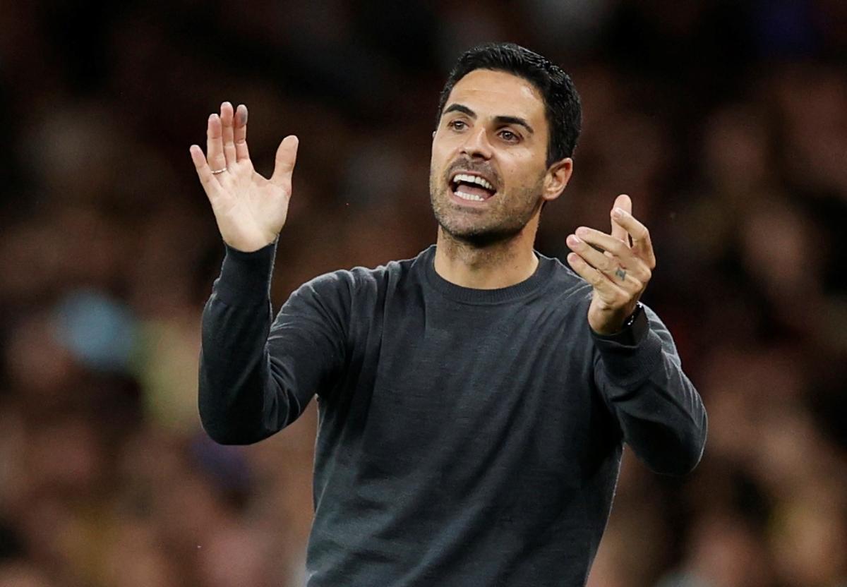 HLV Mikel Arteta bị chỉ trích sau khi Arsenal thua 3 trận đầu tiên ở Ngoại hạng Anh (Ảnh: Reuters).