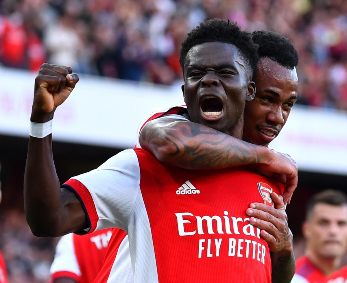 Arsenal thắng thuyết phục Tottenham (Ảnh: Reuters).