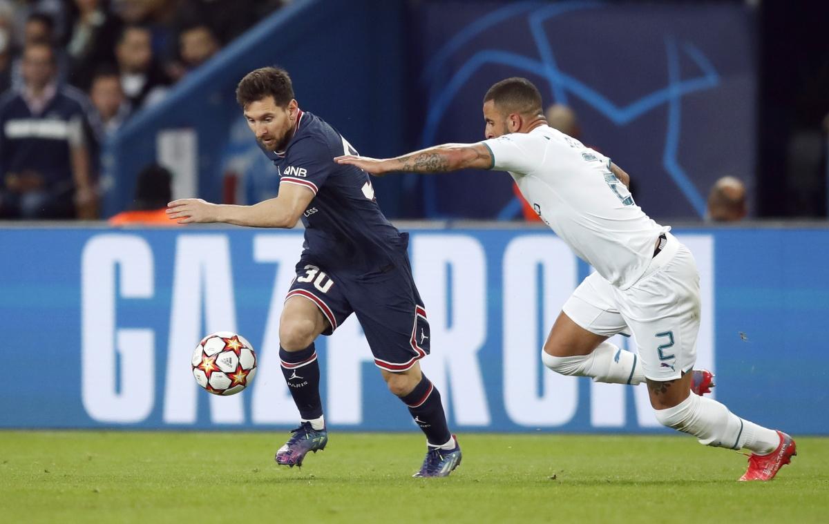 Messi vẫn chưa thể hiện được nhiều từ đầu trận. (Ảnh: Reuters)