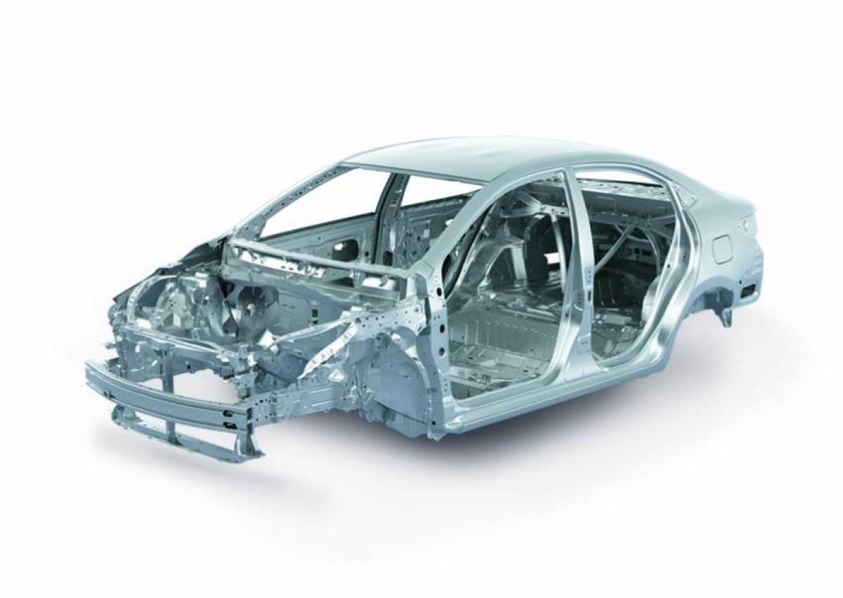 Toyota Vios nâng cấp tại thị trường Thái Lan được trang bị động cơ 3NR-FKE 1.2 L Dual-VVT-iE hút khí tự nhiên 1.2 L sản sinh công suất 91 mã lực tại vòng quay 6.000 vòng/phút và mô men xoắn 109 Nm tại vòng quay 4.400 vòng phút kết hợp với hộp số Super CVT-i.