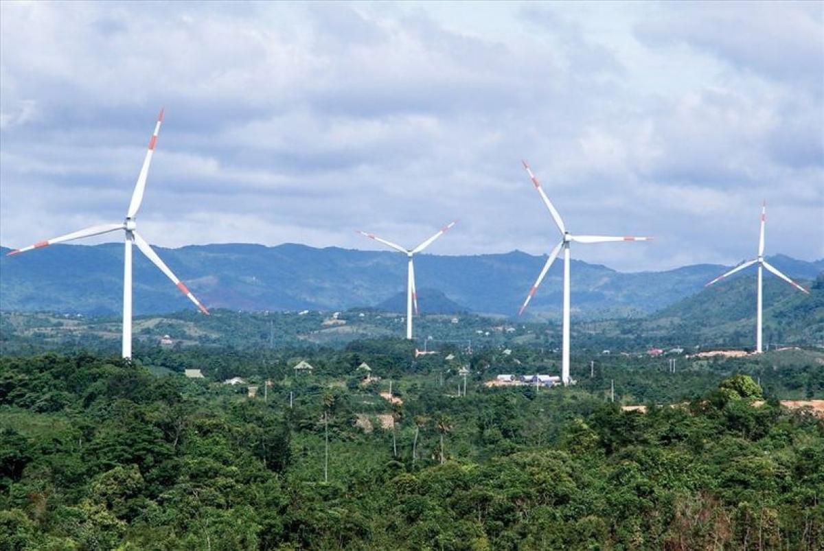 Hạn chế phát triển NLTT trong 10 năm tới sẽ khiến Việt Nam tụt hậu xa so với sự tiến bộ khoa học công nghệ năng lượng của thế giới. (Ảnh minh họa: EVN)