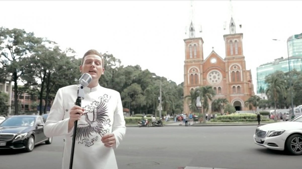 Footage from one of Kyo's music videos featuring the Notre-Dame Cathedral in Ho Chi Minh City. (Photo: Kyo York)